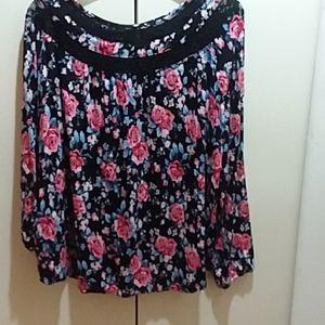 Flowered Blouse Long sleeves